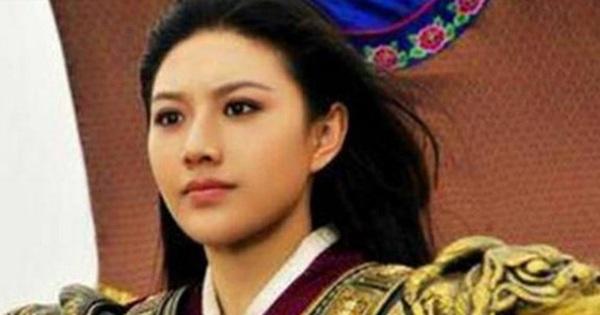Nữ tướng tài sắc bậc nhất lịch sử TQ nhưng khi bước...