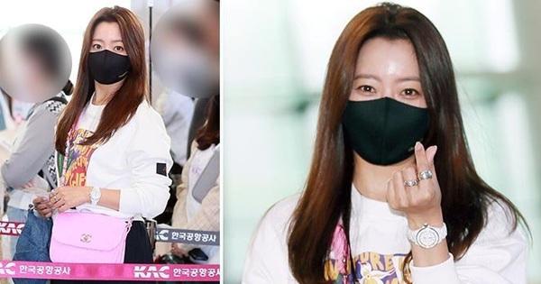 ''Mỹ nhân tự nhận đẹp hơn Kim Tae Hee'' ra sân bay, nhan sắc U50 hút hồn nhưng gia tài nửa tỷ nhồi nhét trên người mới choáng
