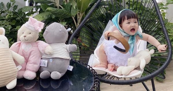 Con gái Đông Nhi vào vai mẫu nhí của mẹ, nay được chưng diện váy điệu đà như công chúa nhưng biểu cảm sao thế này?