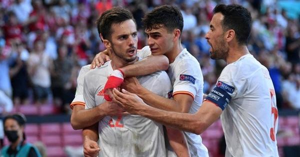Tây Ban Nha phá 3 kỷ lục Euro chỉ trong một trận