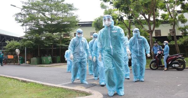 TP.HCM ghi nhận thêm 12 ca nghi nhiễm mới, 2 trường hợp đang xác minh nguồn lây
