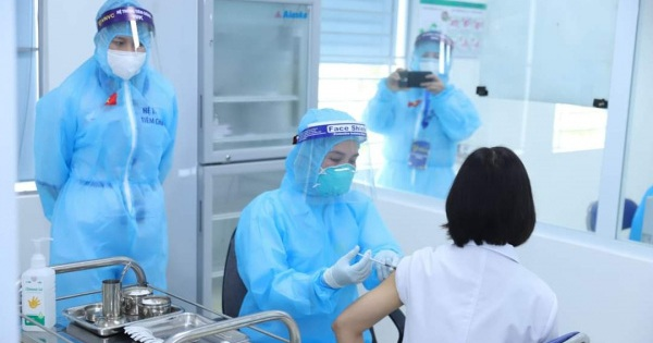 Quỹ vắc xin phòng COVID-19 đã tiếp nhận gần 104 tỉ đồng