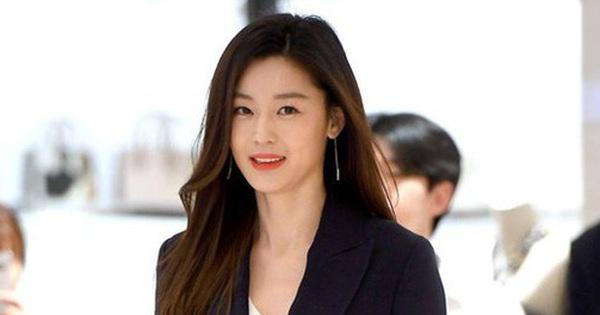 1 nhân vật đặc biệt tiết lộ tình tiết bất ngờ giữa scandal ly hôn của Jeon Ji Hyun với chồng CEO công ty 7400 tỷ