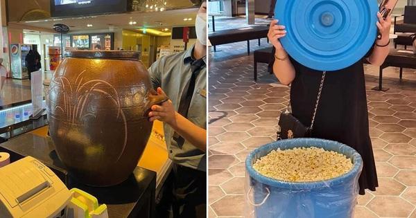 Khi Lotte Cinema 'chơi lớn' bán bỏng ngô đồng giá và đây là cách các bạn trẻ Hàn Quốc khiến cho ai cũng phải trầm trồ