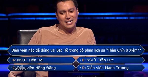 Màn cứu trợ bá đạo bậc nhất Ai Là Triệu Phú: Việt Anh nhờ Mạnh Trường tư vấn nhưng bị nhây tới giây cuối cùng!