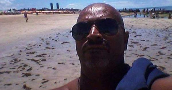 Mất tỉnh táo vì uống rượu, người đàn ông gặp họa mất mạng dưới biển, để lại cảnh tượng thê thảm trên bờ cát