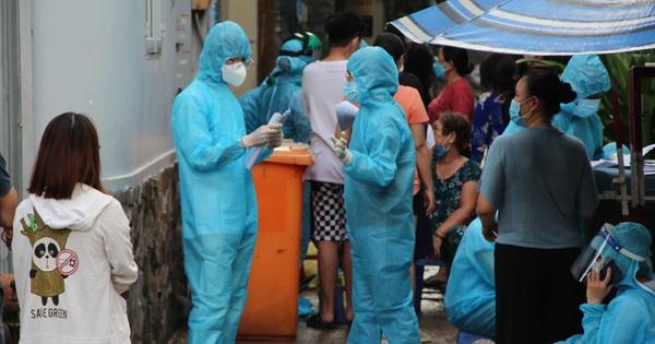 Ngày 19/7, Việt Nam ghi nhận 4.195 ca mắc COVID-19, riêng TP.HCM có 3.074 ca