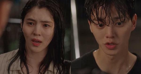 'Trai hư ngủ dạo' Song Kang dầm mưa khổ sở vì ghen vẫn bị Han So Hee phũ thẳng mặt ở Nevertheless