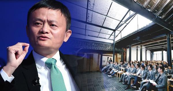 Bí ẩn bên trong trường doanh nhân toàn tinh hoa Jack Ma từng làm hiệu trưởng: Tỷ lệ trúng tuyển còn cao hơn Harvard, phỏng vấn siêu 'hack não', có cả bài tập về nhà