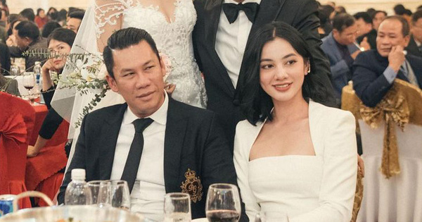 Đại gia BĐS kiêm ông chủ phòng trà Không Tên đã unfollow gái đẹp 2k2, mối tình cách biệt 27 tuổi đã 'toang'?