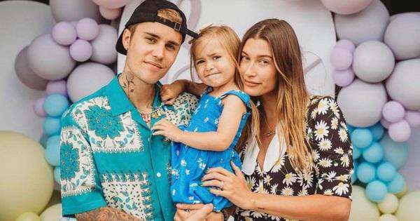 Justin Bieber về nhà dự tiệc sinh nhật em gái ruột tròn 3 tuổi, khung hình cùng bà xã Hailey bế bé bất ngờ gây bão MXH