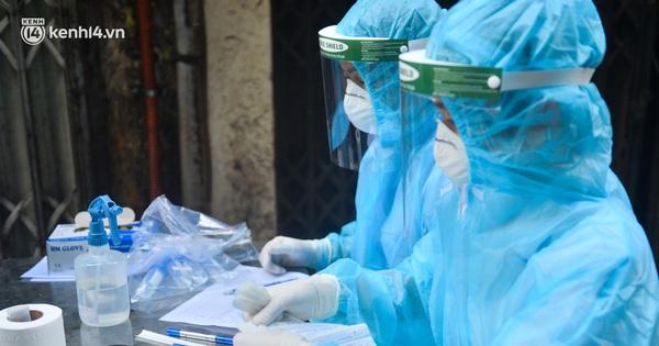 Tối 7/8, Hà Nội thêm 28 ca dương tính SARS-CoV-2, trong ngày có tổng 82 ca