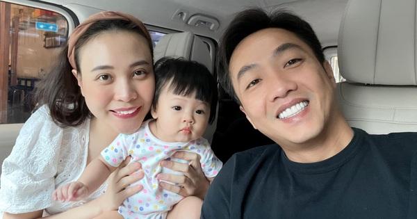 Ái nữ mới 1 tuổi, mẹ bỉm Đàm Thu Trang quyết định lập 'gia tài riêng' giống nhà Hoà Minzy, Đông Nhi?