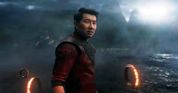 2 cảnh credit vô cùng bùng nổ của Shang-Chi: Gương mặt quen thuộc quay trở lại, phản diện mới được hé lộ luôn?