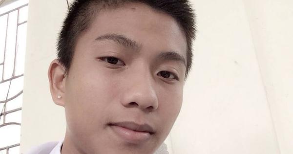 Phan Văn Đức bất ngờ bị vợ 'đào' ảnh troll từ 7 năm trước, thời điểm đối đầu với U19 Australia