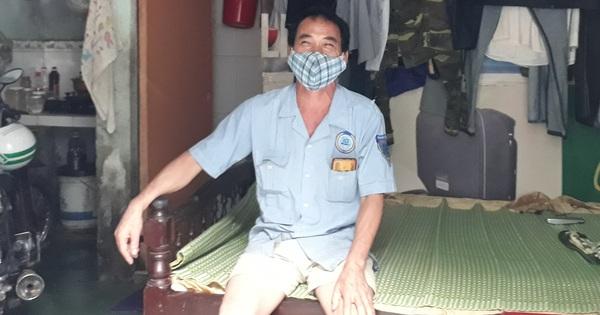 Nhiều hộ dân ở Đà Nẵng muốn đổi mì tôm, cá hộp sang tiền hỗ trợ, lãnh đạo phường nói gì?