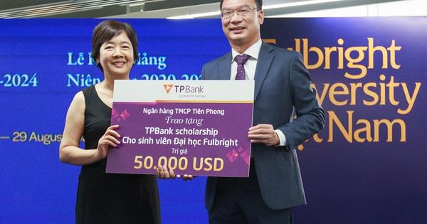 Sinh viên Đại học Fulbright nhận học bổng 50.000 USD từ TPBank