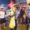 Cặp đôi Cần Thơ vừa đi bão vừa chụp ảnh cưới trong đêm ăn mừng U22 Việt Nam giành HCV SEA Games 30