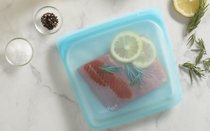 Túi silicone đựng đồ ăn thân thiện với môi trường: đậy kín, đẹp mê ly, đông đá tốt, quay lò vi sóng cũng an toàn