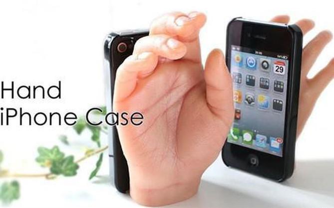 10 phụ kiện smartphone vừa kỳ quặc lại vô dụng, không hiểu sao vẫn có người mua