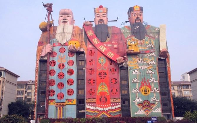 """Ghé thăm Hà Bắc - nơi các tòa nhà xấu nhất Trung Quốc tụ tập và đua nhau """"khoe sắc"""" mỗi ngày"""
