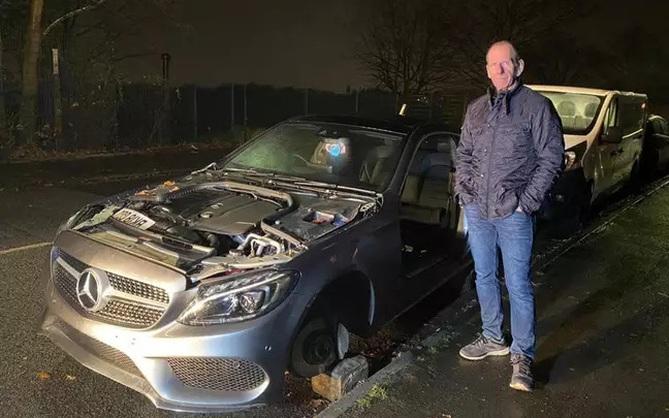 Bị trộm ô tô với thủ đoạn tinh vi, chủ nhà mất đồ nhưng vẫn phải thán phục trình độ nhóm đạo tặc