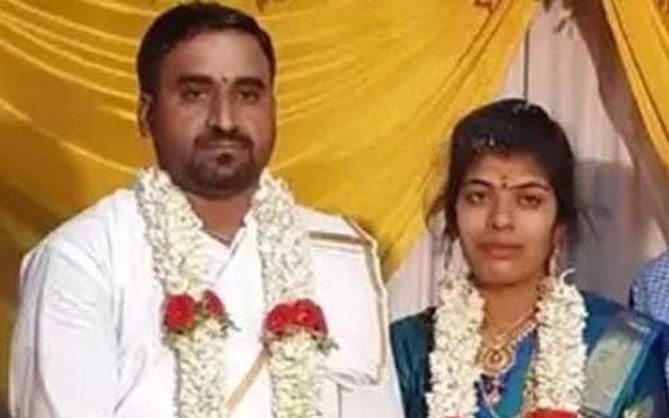 Chú rể sắp lên lễ đường thì bỏ trốn, cô dâu kết hôn luôn với khách mời