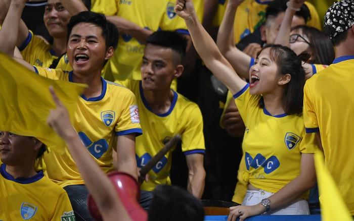 CLB Thanh Hoá thoát kiếp cuối bảng, TP HCM đòi lại ngôi đầu từ Hà Nội FC đầy ...