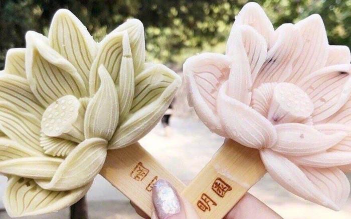 Loại kem mô phỏng biểu tượng đặc trưng của Cố Cung và Viên Minh Viên (Trung Quốc) vừa ...
