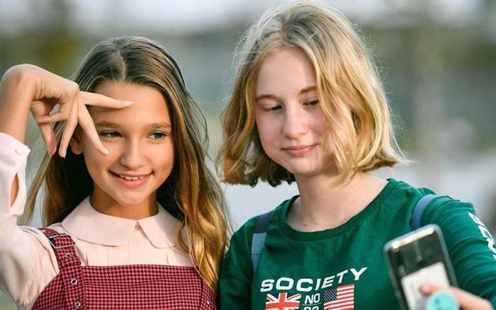 Trào lưu thời 4.0: Những đứa trẻ chưa kịp lớn đã trở thành ngôi sao mạng xã hội