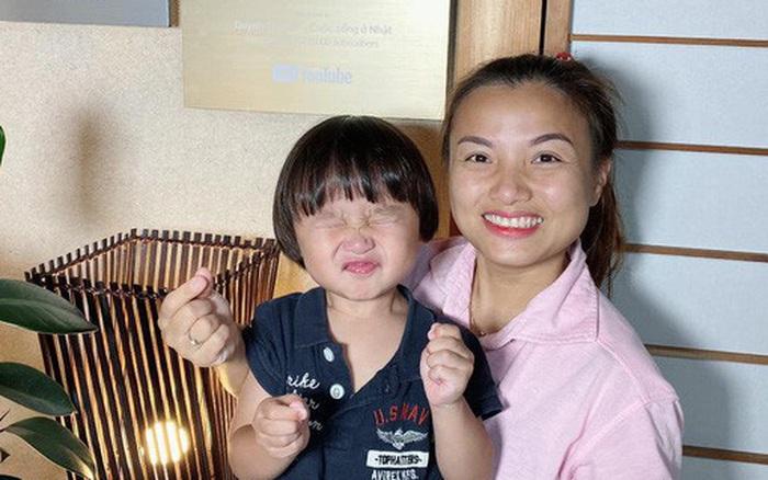 Tin vui của ngày: Quỳnh Trần JP và bé Sa sắp về Việt Nam, còn có thể tổ chức off ...