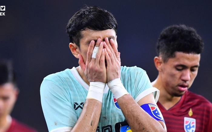 HLV đội tuyển Thái Lan tiết lộ sai lầm trong trận gặp Malaysia, thừa nhận cầu thủ đang gặp áp ...