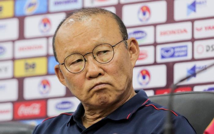 HLV Park Hang-seo phủ nhận chuyện cử điệp viên theo dõi Campuchia trước trận bán kết SEA ...