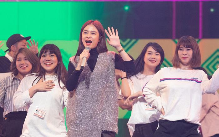 Hoàng Thùy Linh diễn tập trước thềm ABU Song Festival 2019