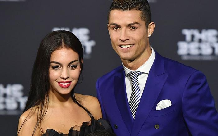 Sau 3 năm hẹn hò rồi sinh con, Ronaldo và bạn gái nóng bỏng cuối cùng đã tổ ... - kết quả xổ số tphcm