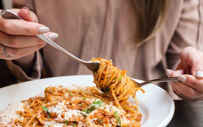 Đây chắc chắn không phải những loại thực phẩm bạn nên ăn sau bữa tối nếu muốn giữ body ...