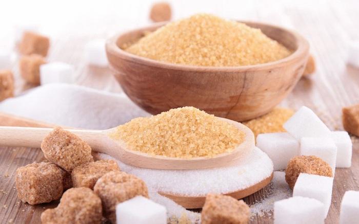 Giữa đường trắng và đường nâu, sử dụng loại đường nào để nấu ăn tốt cho sức khỏe hơn?
