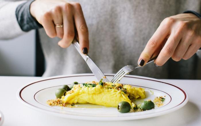 """6 thứ """"rất kỵ"""" mà bạn không nên ăn chung với trứng"""