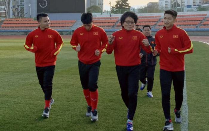 Quang Hải, Đình Trọng vẫn phải tập riêng trong ngày đầu tiên U23 Việt Nam rèn ...