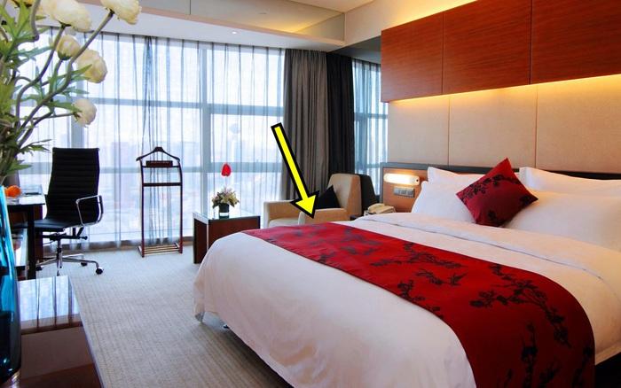 """6 thứ """"miễn phí"""" trong khách sạn ngỡ rất sạch nhưng thực tế còn bẩn hơn cả bồn ..."""