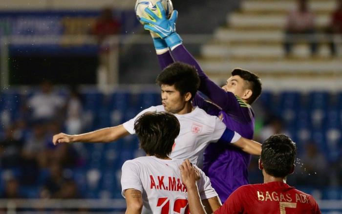 U22 Indonesia 2-2 U22 Myanmar: Thủ thành đẹp trai của Indonesia mắc sai lầm sơ đẳng, Myanmar có ...