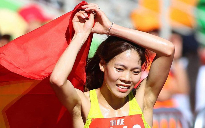 """""""Nữ hoàng chân đất"""" của điền kinh Việt Nam Phạm Thị Huệ: Nén cơn đau dạ dày ..."""