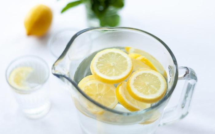 5 lợi ích bất ngờ của việc uống nước chanh, thứ nước vô cùng quen thuộc mà nhà ...