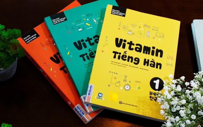 Vitamin Tiếng Hàn: Bộ giáo trình kết hợp luyện thi Topik cực chuẩn hiện nay