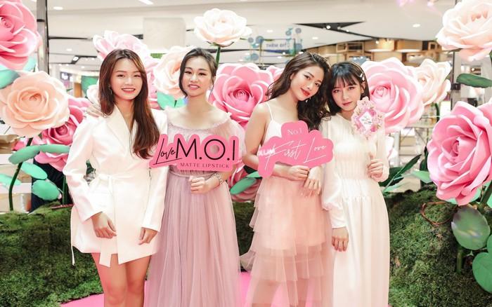 """Địa điểm mới với sắc """"hồng toàn tập"""" của M.O.I làm các quý cô ..."""