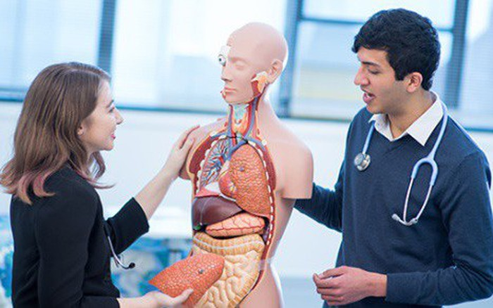 Đại học Monash - Nghiên cứu đột phá: Ống bơm mũi có thể giúp chống béo phì