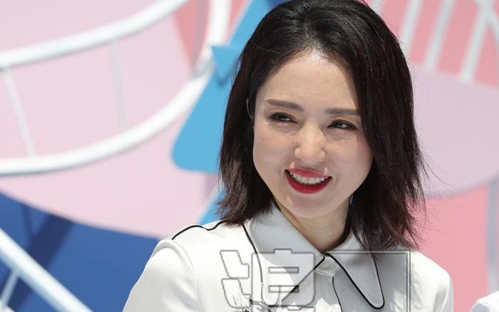Đổng Tuyền lần đầu xuất hiện sau ly hôn chồng dính bê bối cưỡng dâm, chứng minh phụ ...