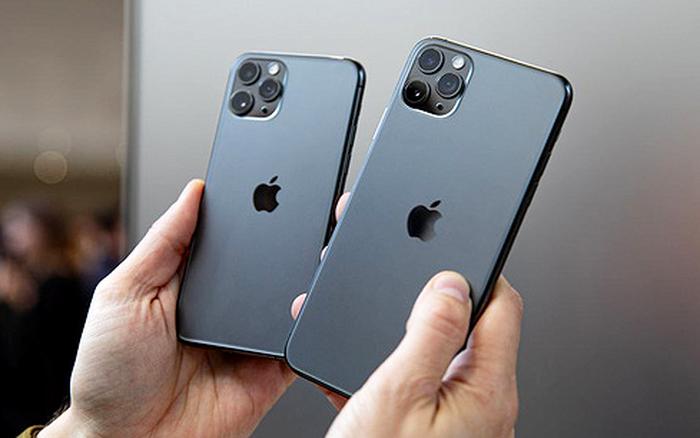 """""""Cú lừa"""" thanh niên mua iPhone 11 đầu tiên trên thế giới: Apple còn chưa mở ..."""