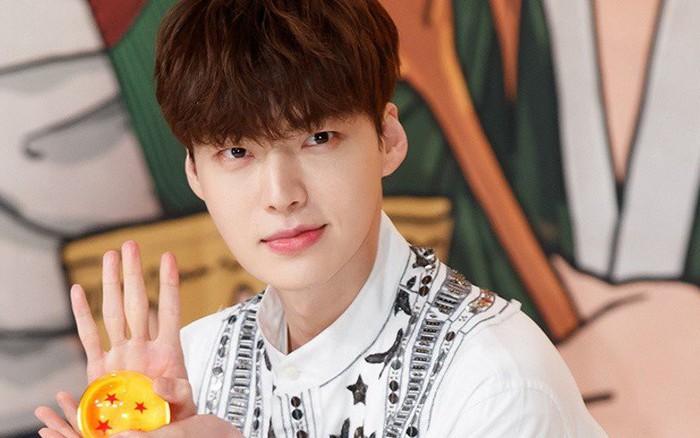 Ồn ào ly hôn với Goo Hye Sun, Ahn Jae Hyun tự rời khỏi show thực tế vì sợ ảnh hưởng đến ...