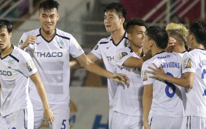 Fan nghi hoặc chiến thắng đậm 5-1 của Xuân Trường và đồng đội trước CLB Hải Phòng tại ...
